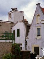 Amsterdam bathtub on roof 1997
